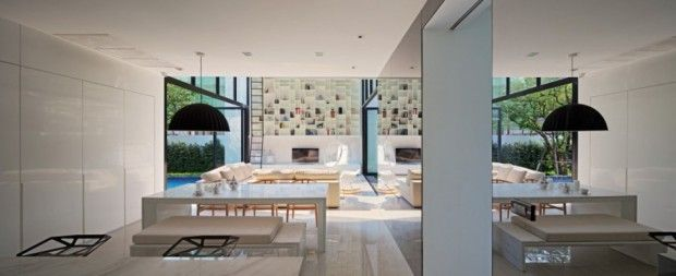 YAK01 House interiores