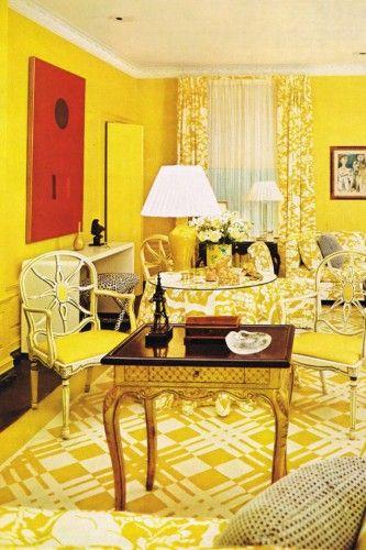 salas barrocas en amarillo