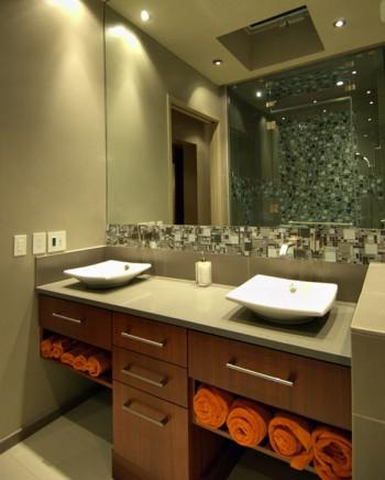 Ba os con dos lavabos for Banos 2 lavabos