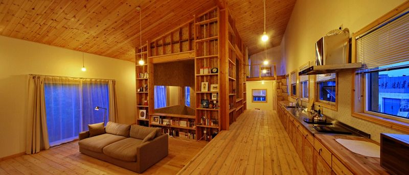 Casa w moderna casa de madera y ladrillo - Casas de madera decoracion ...