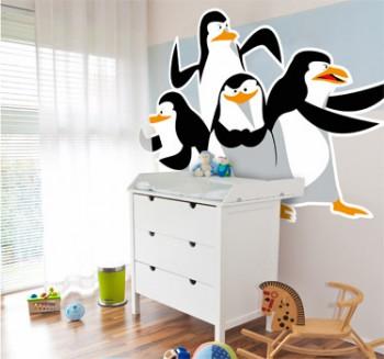 Decoracion dormitorio infantil tematica pingüinos 2
