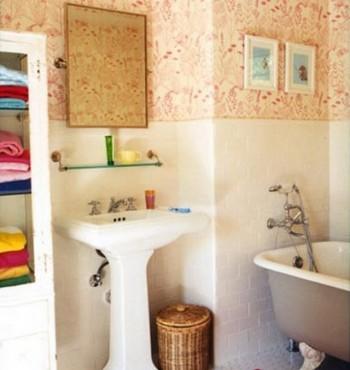Decorar baño con toallas de colores