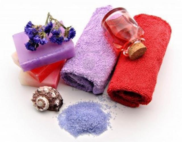 Decorar baño con toallas de colores 4