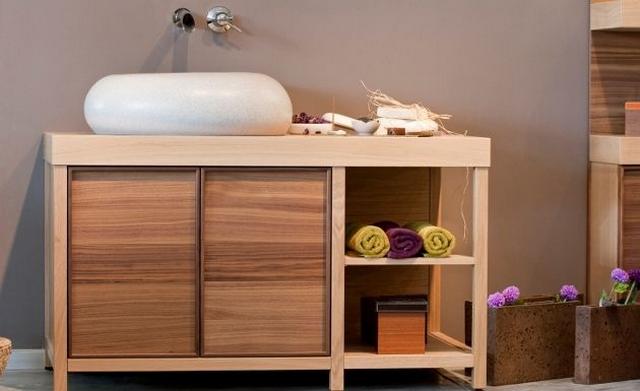 Decorar baño con toallas de colores 5