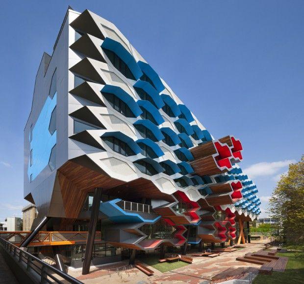 Moderno edificio educativo