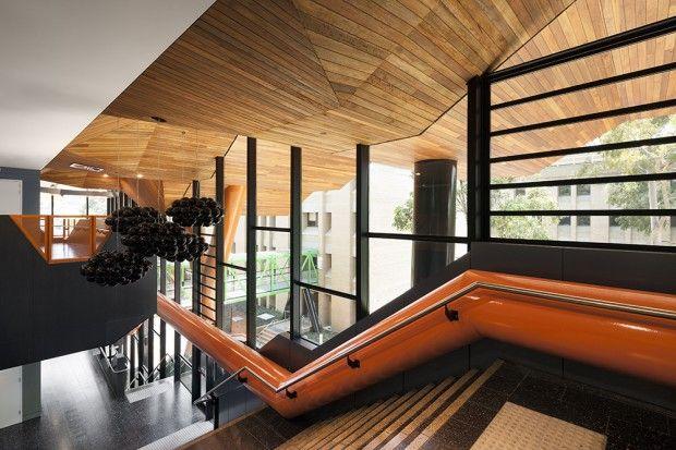 Moderno edificio educativo interiores 2
