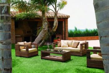 3 muebles para que disfrutes m s de tu jard n en verano for Muebles de forja para jardin