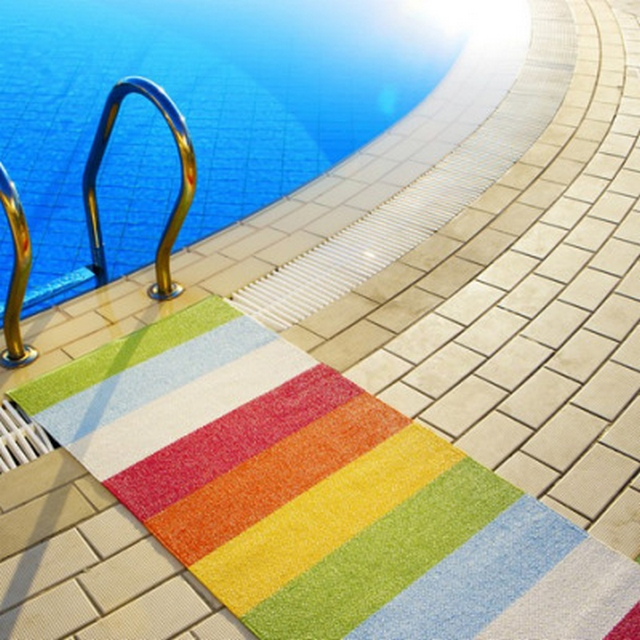 Alfombras para piscina 2
