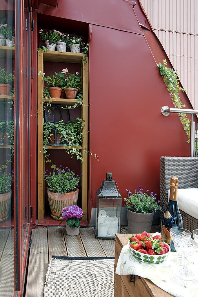 Aprovechar espacio bajo escalera en el exterior for Ideas para el lavadero