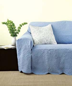 Fundas para vestir los sofás en verano
