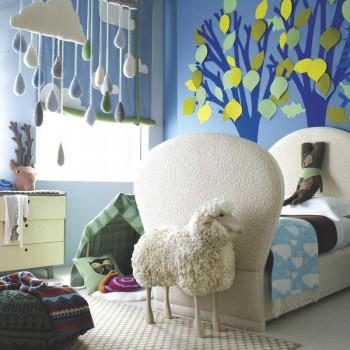 Un dormitorio infantil decorado por Donna Wilson