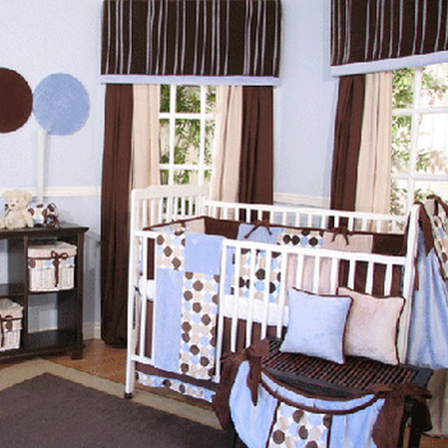 Decoraci n con marr n en dormitorios de bebes for Como decorar un dormitorio de bebe