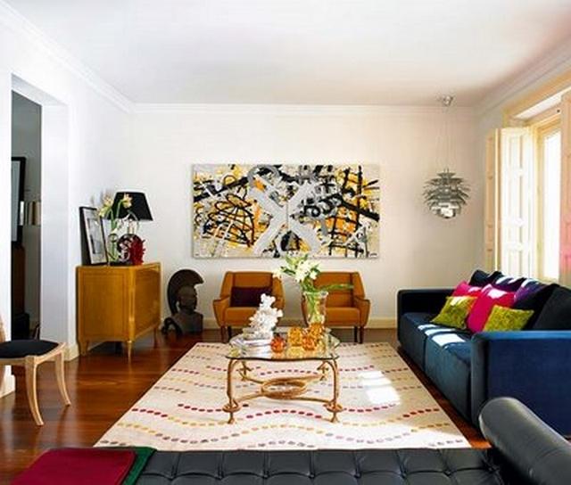 Decorar la sala utilizando un sof azul - Cubre piso alfombra ...