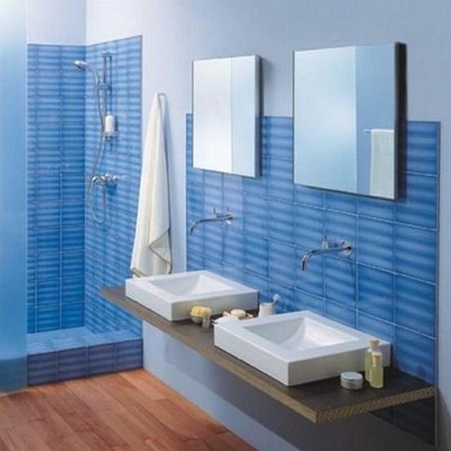 Ideas para decorar un baño azul moderno 3