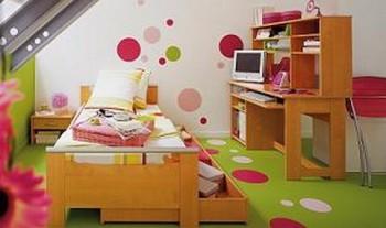 Decorar dormitorios infantiles con circulos de colores