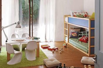 Alfombra cesped artificial en habitaciones infantiles