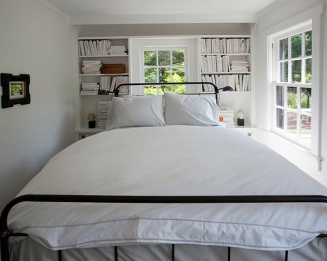 Cama grande en dormitorio pequeño 2