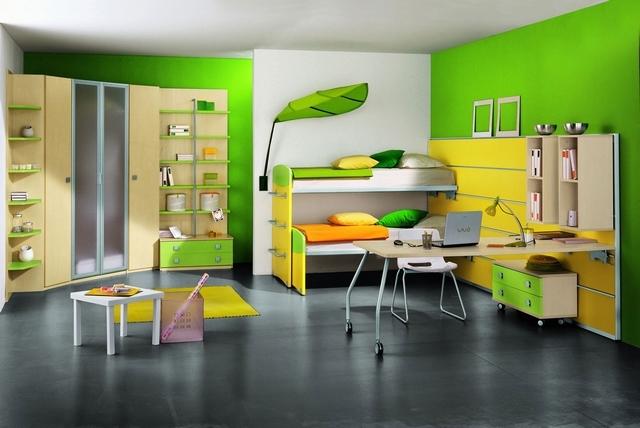 Dormitorio infantil decorado en amarillo y verde 2