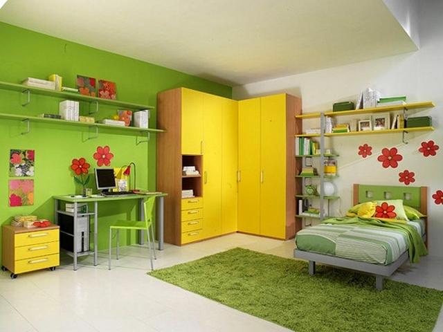 Dormitorio infantil decorado en amarillo y verde 4