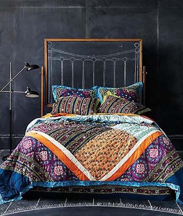 Una pizarra como cabecero de cama 2