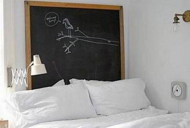 Una pizarra como cabecero de cama 6