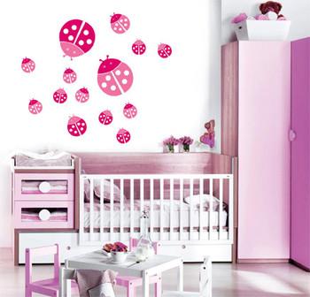 Decoracion de dormitorios de bebes con vaquitas de San Antonio