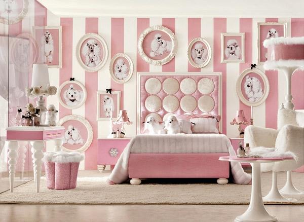 Dormitorio de ni as decorado con figuras de perro caniche toys for 6 cuartos decorados con estilo