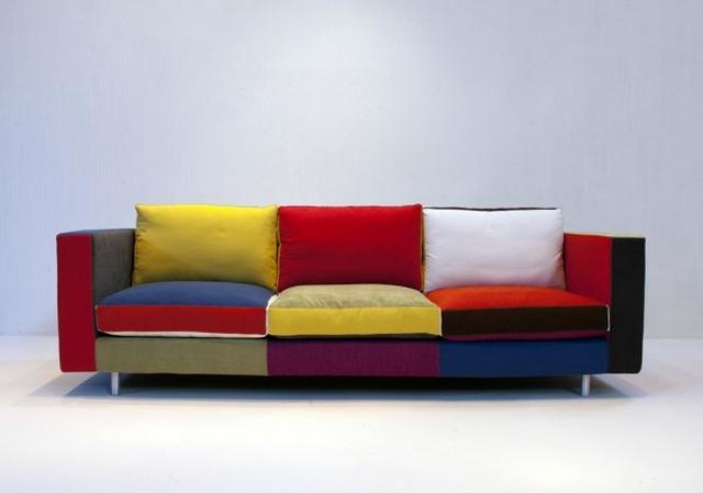 Ideas para decorar sala con sofa multicolor 3