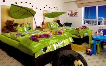 Un dormitorio infantil muy original y natural