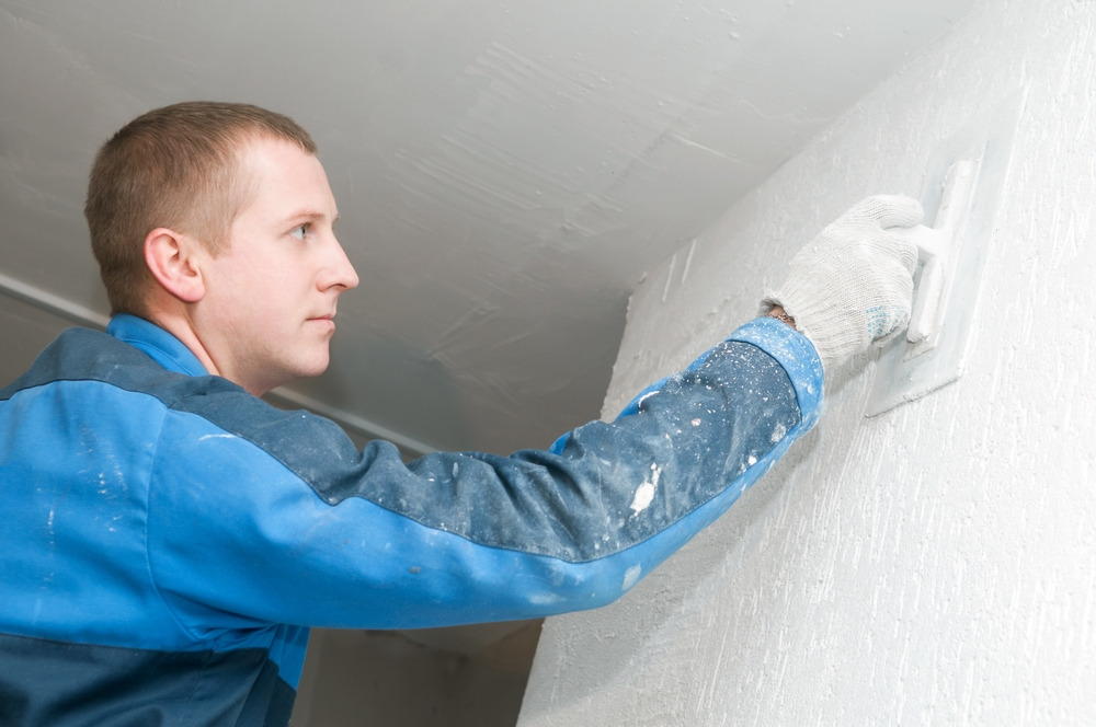 Corrigiendo las grietas en paredes de yeso - Reparacion de humedades en paredes ...