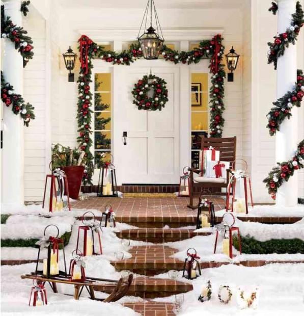 Decoración navideña en el exterior de la vivienda.