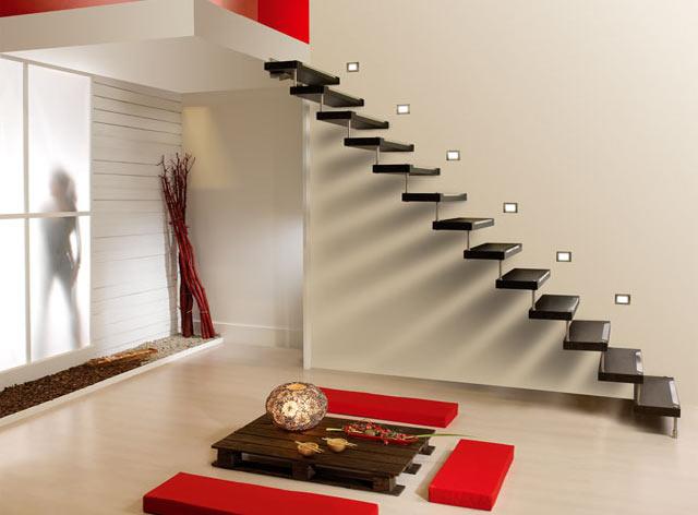 Los mejores dise os de escaleras para la casa for Escaleras voladas de madera