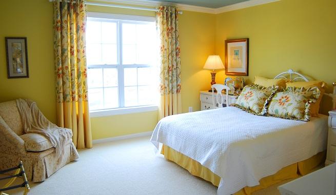 El color ideal para dormitorios pequeños