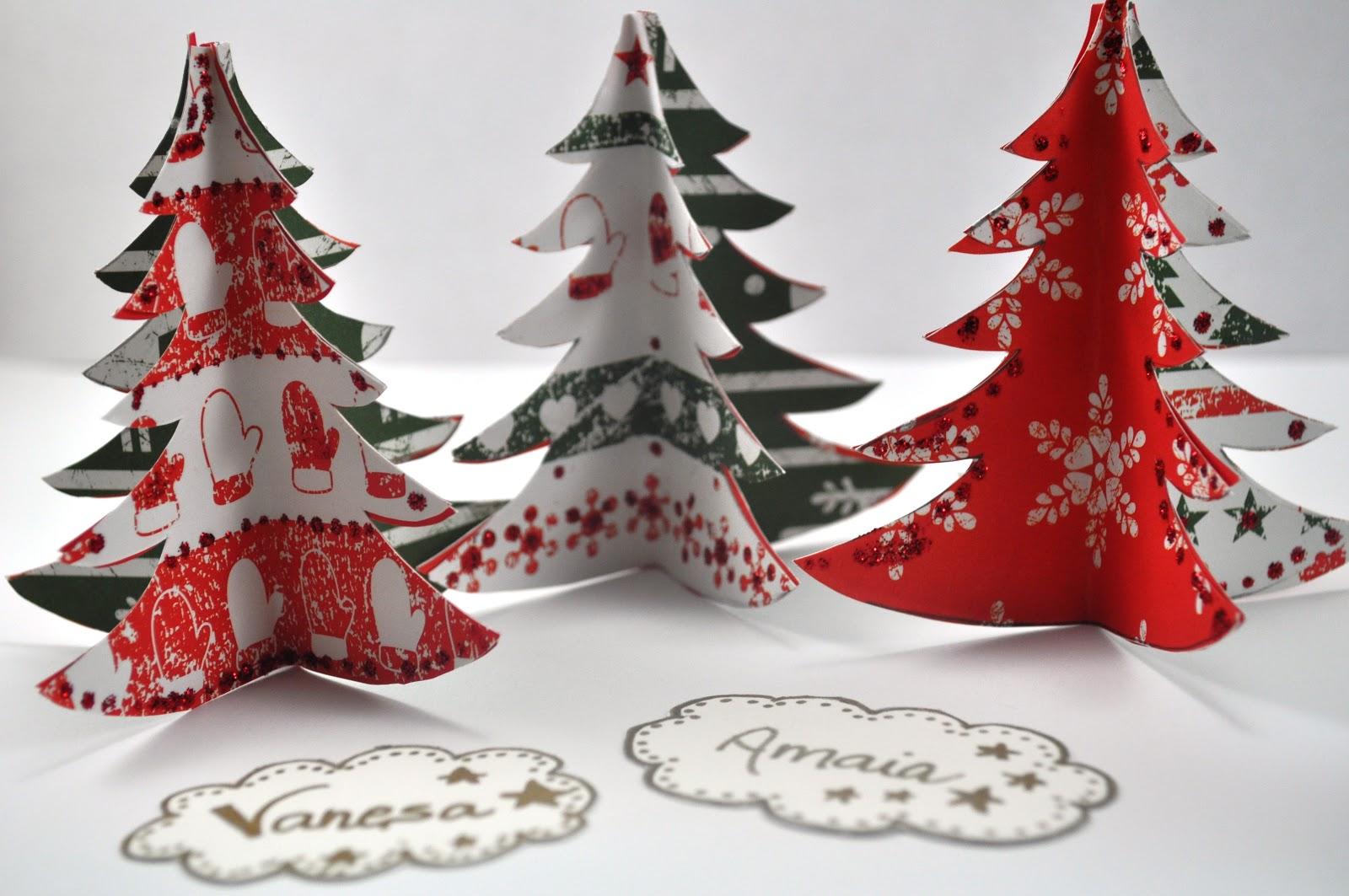 Los mejores adornos navide os para decorar for Disenos navidenos para decorar puertas
