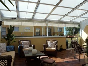 Los techos transparentes y su uso en las terrazas