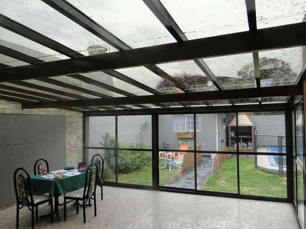 Los techos transparentes y su uso en las terrazas for Techos exteriores para casas