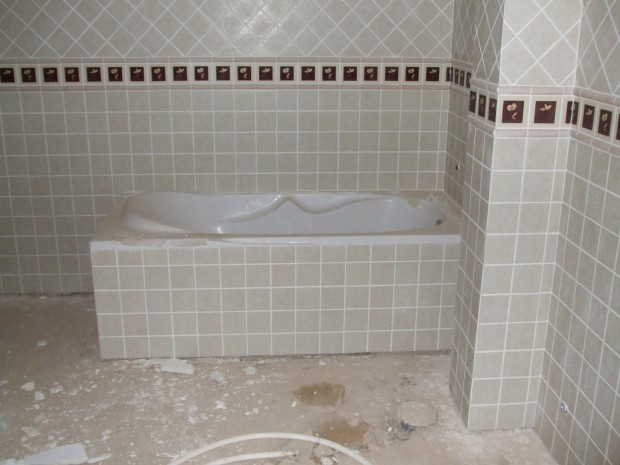 Trucos para alicatar una bañera...