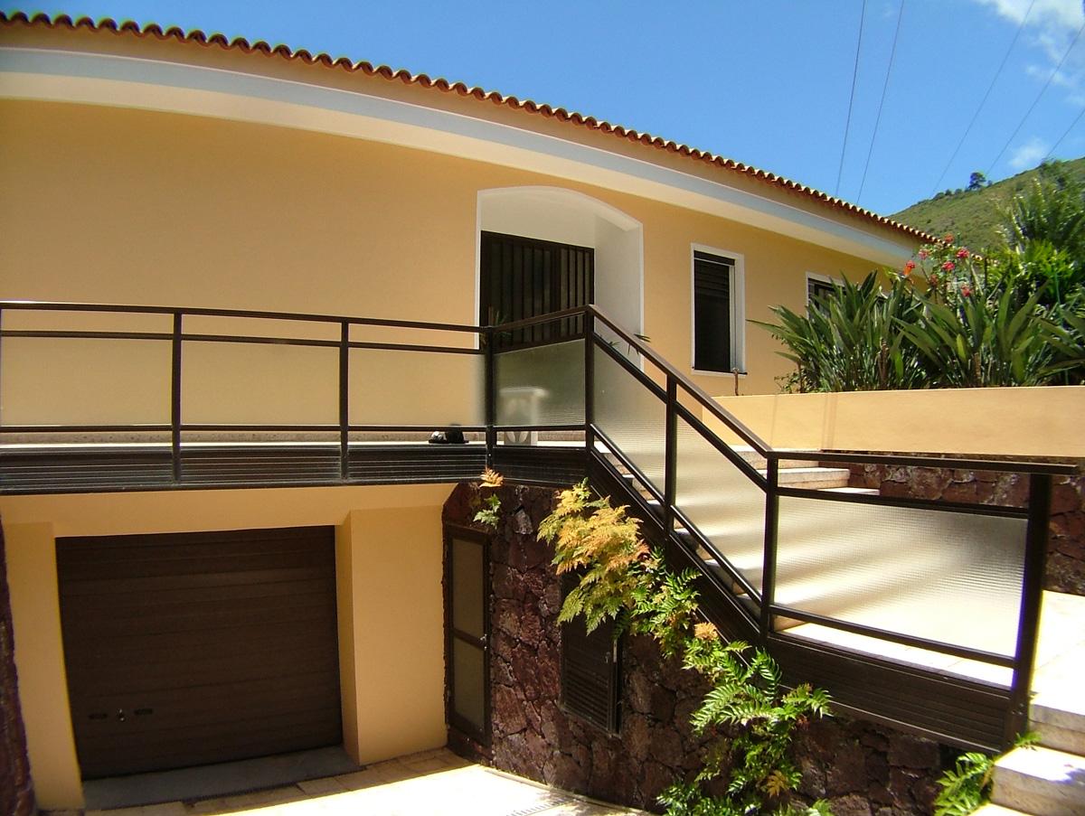 Trucos e ideas para pintar la fachada - Ideas para pintar una casa ...