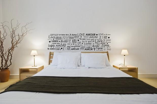 Vinilos decorativos en paredes..