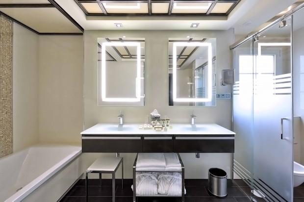 Añadir un closet en el baño.