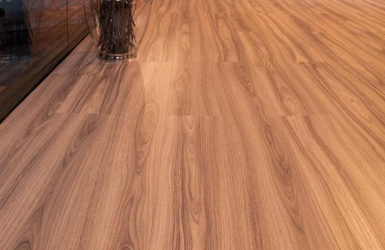El uso de los suelos laminados en la cocina for Suelos laminados imagenes