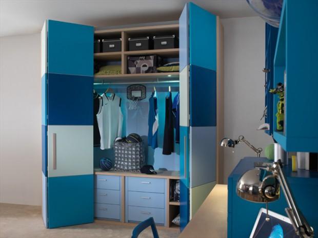 El uso de puertas plegables en armarios.