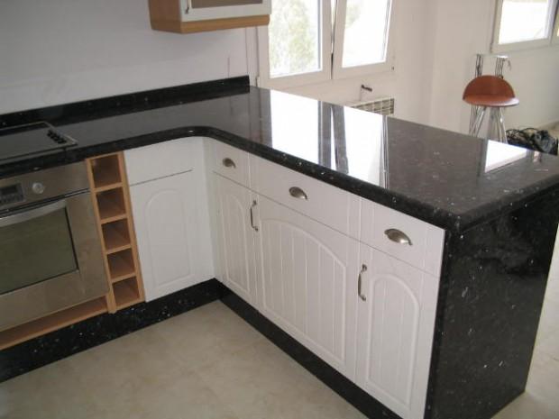 Encimeras de granito para la cocina.