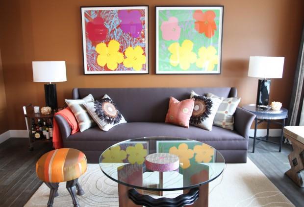 Ideas para decorar con muebles oscuros.