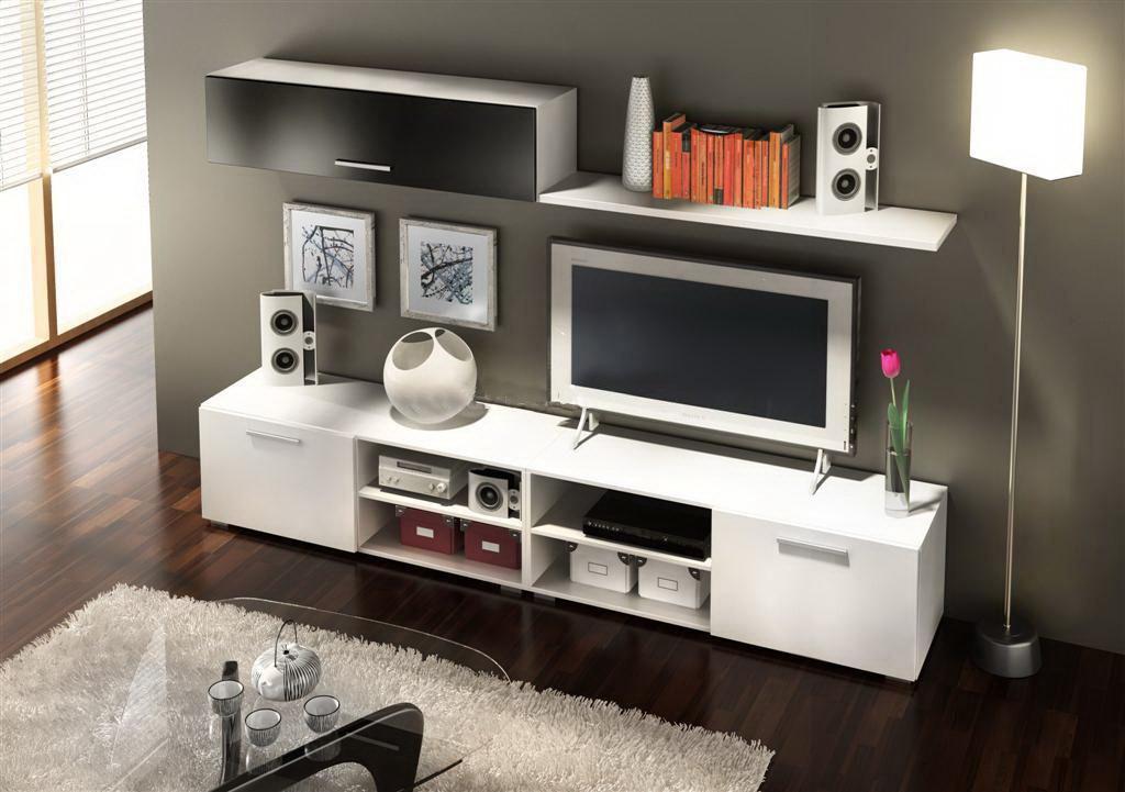 Sala de juegos en el hogar for Casa moderna con muebles vintage