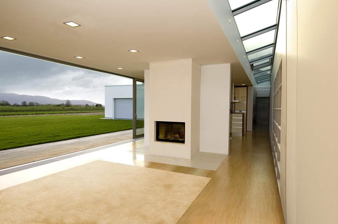 C mo iluminar el pasillo Iluminacion exterior casas modernas