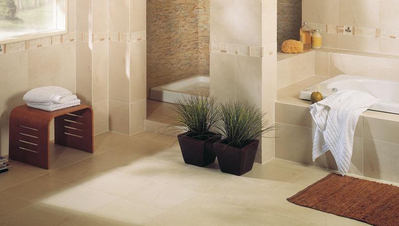 Qu piso utilizar en el ba o for Revestimiento de paredes para duchas