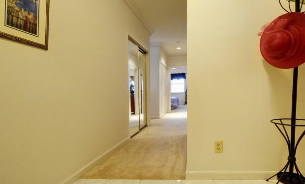 Trucos para la decoración del corredor del hogar.