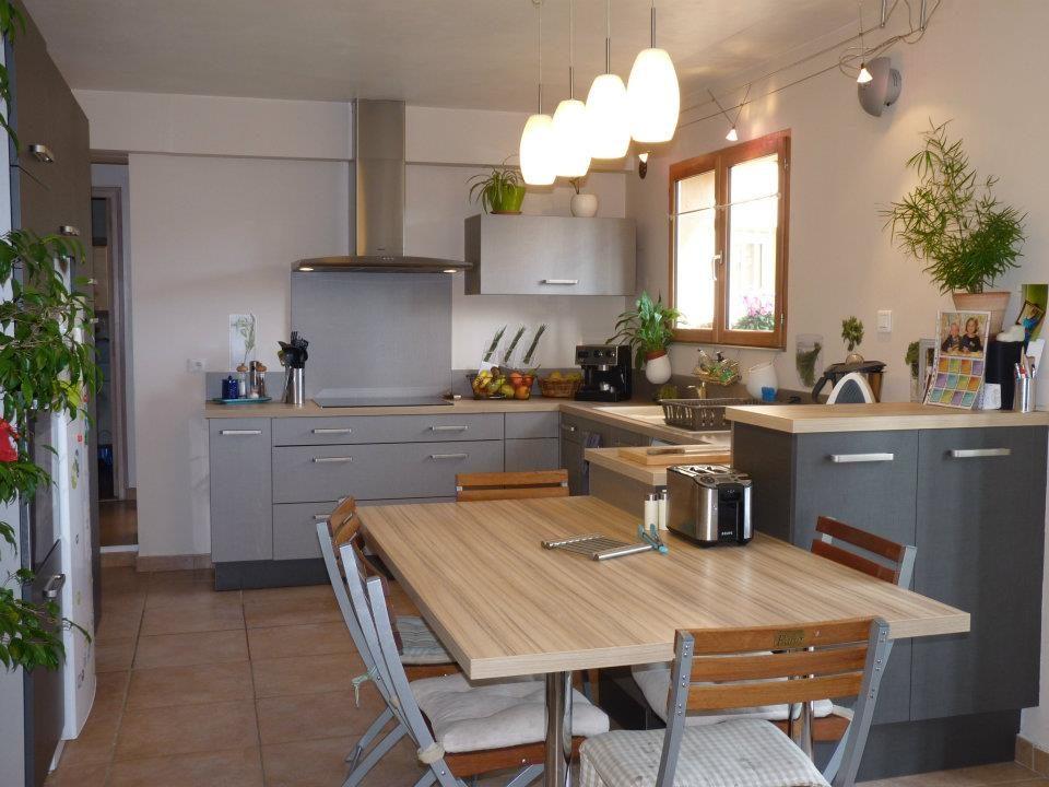 Estilos: La mesa perfecta para la cocina.