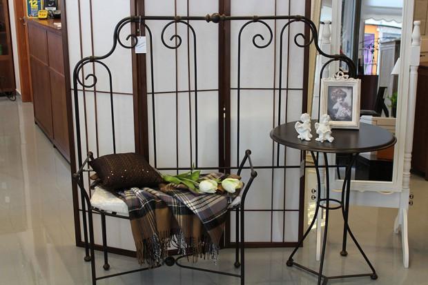Ventajas del hierro forjado en la elaboración de muebles.